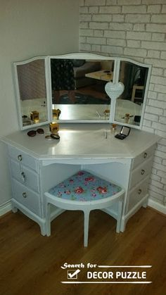 amazing vanity table - Buscar con Google                                                                                                                                                                                 More