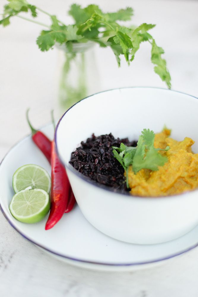 cashew, ginger and chicken Balinese curry with black rice