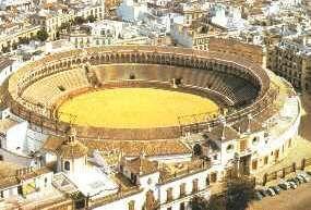 La Real Maestranza de Caballería es la plaza de toros de Sevilla, según los taurinos es la plaza con mayor tradición y más importante de España. Originalmente se construyó en madera en 1733 y fue la primera plaza redonda (ovalada en realidad). Actualmente es Bien de Interés Cultural, pero opino que por la tradición y características de la plaza, así como de considerase los toros como fiesta nacional, debería ser elegida Patrimonio de la Humanidad. https://www.youtube.com/watch?v=54UfpZxC9Z8