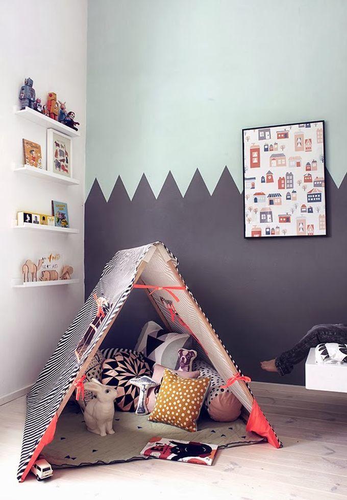 Tolles Spielzelt, ganz leicht selbstgemacht :). Schöne Idee! #baby #babyzimmer…