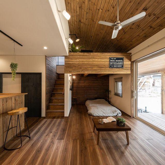 自然素材の家 無垢の床材 杉 なごみの工房 リビングのインテリア実例