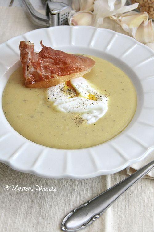 Unavená vařečka: Sametová hrachová polévka