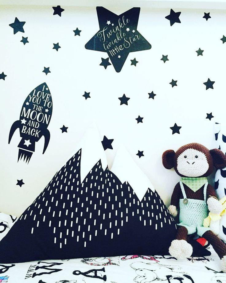 ALKEMISTEN DIY - wallies barnrum nordic interior design kids room children kid väggdekaler Twig & Dot inredning barnrumsinspiration