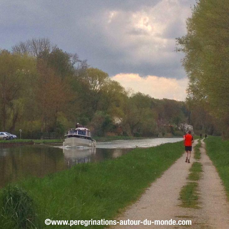 Belle balade le long du canal de Moret sur Loing