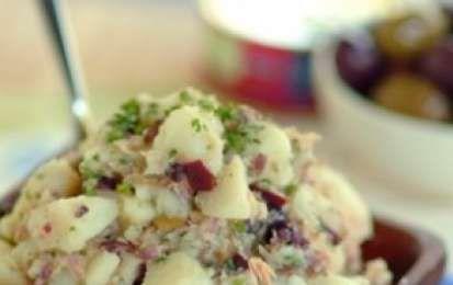 Insalata di tonno e patate - L'insalata di patate e tonno è una ricetta facile e…