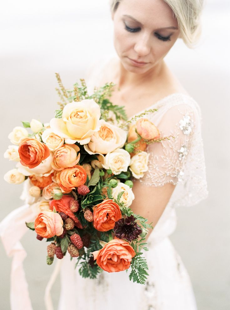 Ombre bouquet with vivid blooms | http://adornmagazine.com/organic-coastal-anniversary-with-misty-skies/
