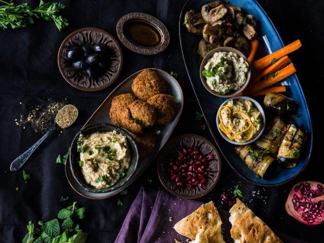 Mezze deluxe! Orientalisch-vegane Vorspeisenplatte würzig, orientalische Rezepte, 1001 Nacht, Mezze, Kochhaus