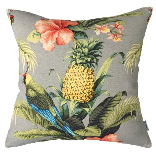 Bahamas Ananas Pillow #pillows #throwpillow #interiors #homedecor #cushions #mialiving
