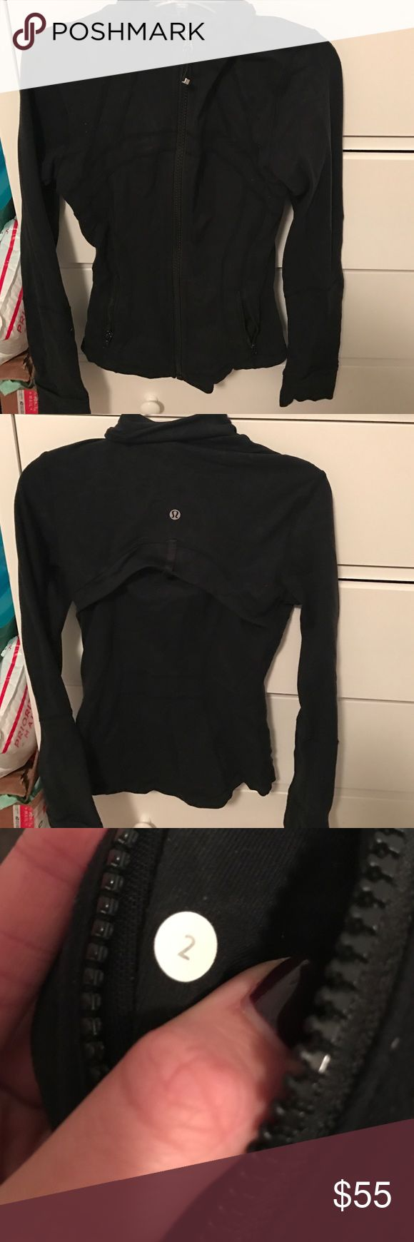 DEFINE JACKET SIZE 2 Lululemon define jacket size 2! Only visible sign of wear is in the inside but not much at all and no one would be able to notice. No pulling. Kept in decent condition and from a non smoking house. lululemon athletica Jackets & Coats