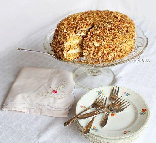tort cu nuci, caramel si sirop de artar, tort cu nuci caramelizate