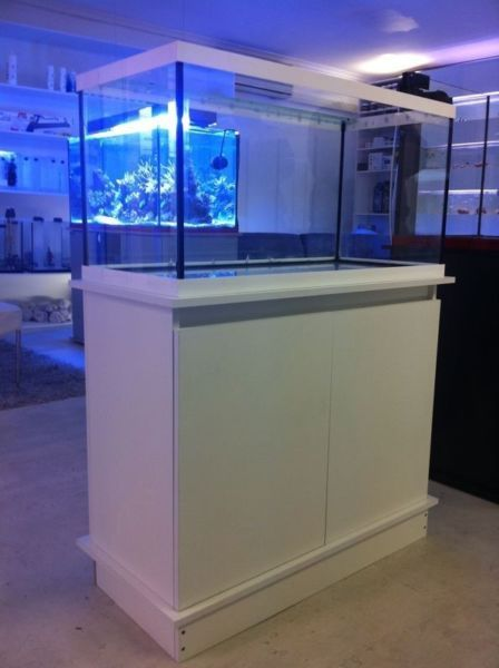 Custom made Aquarium...Tank 1.2m, white wooden cabinet and quality German Eheim external filter for sale.Includes heater, flow pump,T5 Light...171530175