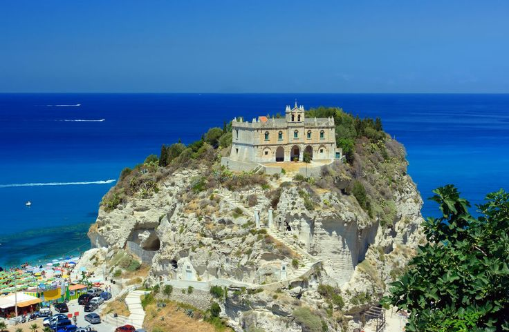 http://traveleze.strikingly.com/blog/calabria-the-hidden-gem-in-southern-italy