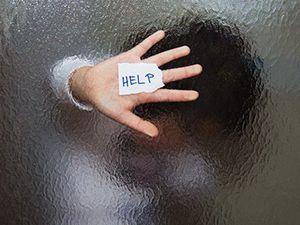Τί είναι οι κρίσεις πανικού; Πώς αντιμετωπίζονται και ποιος ο ρόλος του ψυχοθεραπευτή; Διαβάστε περισσότερα εδώ ...http://www.pankarta.gr/blog/239-pos-antimetopizontai-oi-kriseis-panikou #ygeia #pankarta #panikos