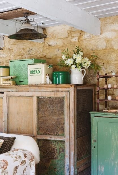 An english cottage look inspired by the book the forgotten garden gardens english cottages for English cottage kitchen designs