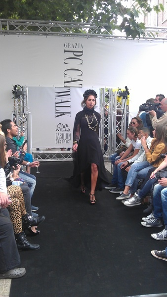 Opening Grazia block by special model Camilla
