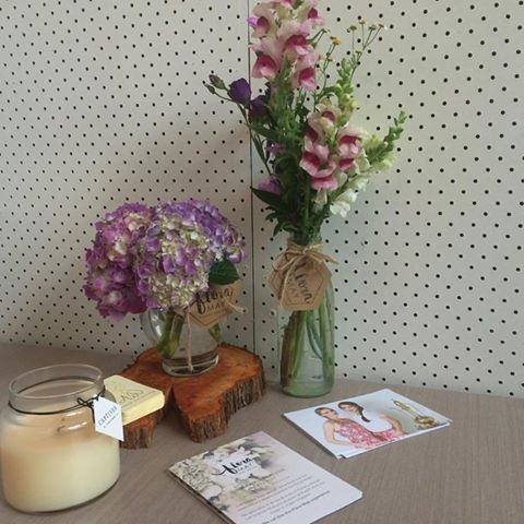 gorgeous flowers for our pop up store by Flora May :)