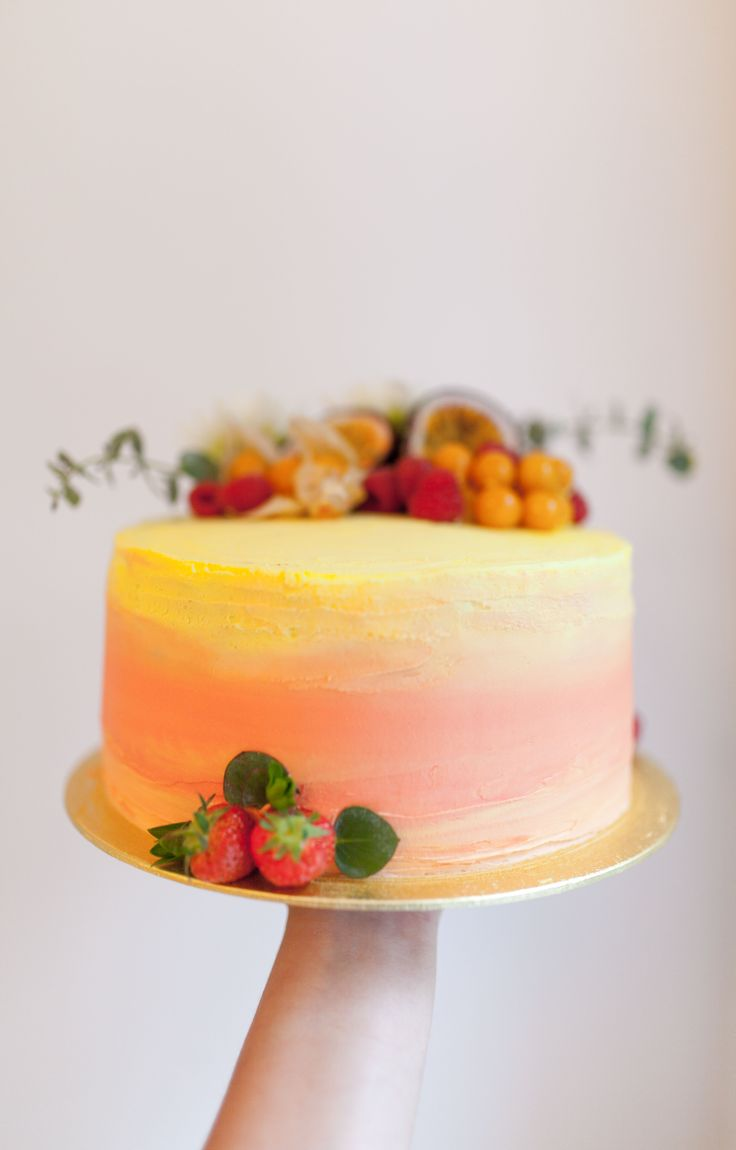 Vanilla & Raspberry Cake with summer mixed fruits. Pink and yellow ombre effect.  By Cake Me! Oslo www.facebook.com/cakemeoslo