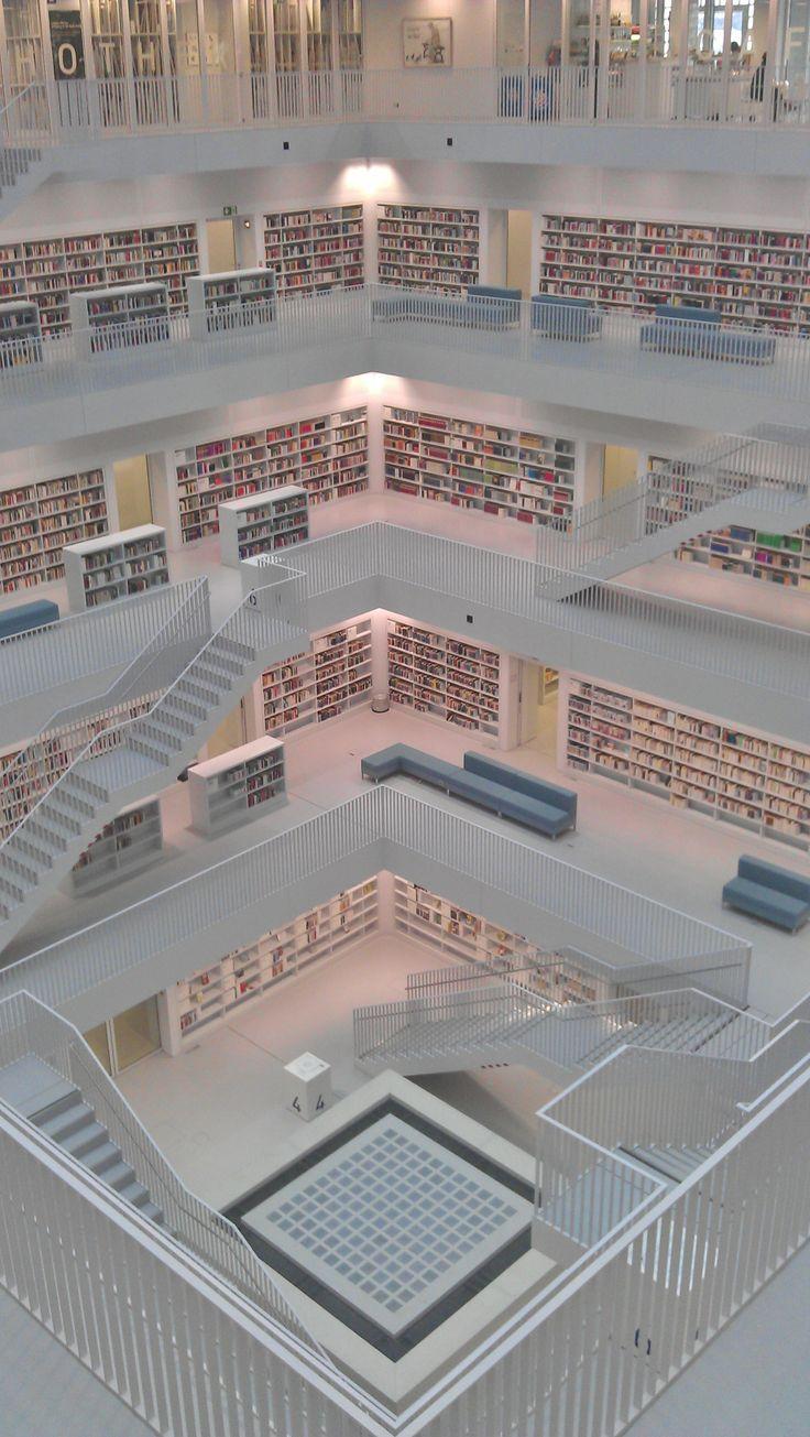 Innenansicht der Stadtbibliothek Stuttgart  #Stuttgart #Architektur #Bibliothek #Design