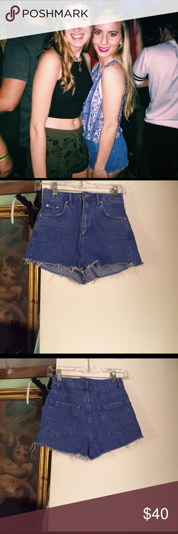 "Topshop High Waisted Jean Shorts Super cute Topshop denim shorts have been worn  once and are in perfect condition! Pockets in the front and the back with belt loops going around the top. Frayed edges, style is called ""Mom jeans"".  For reference I am 5'2 and 104 lbs. VERY OPEN TO OFFERS!! Topshop Shorts Jean Shorts"