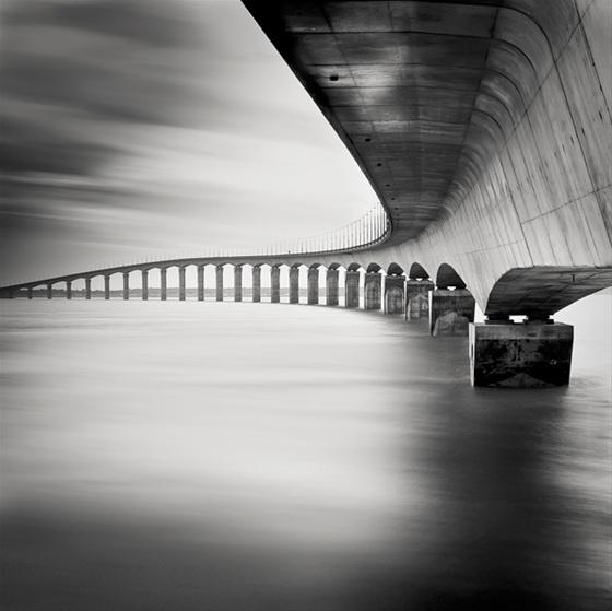 La Rochelle - Pont Ile de Re by Sylwia Steginska