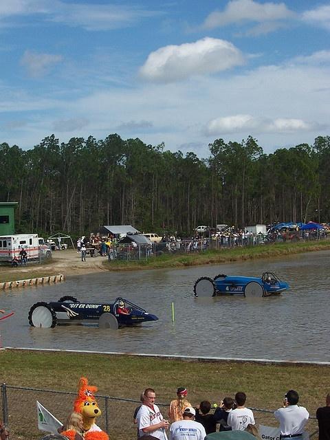 Beast on Wheels, Swamp Buggy Racers