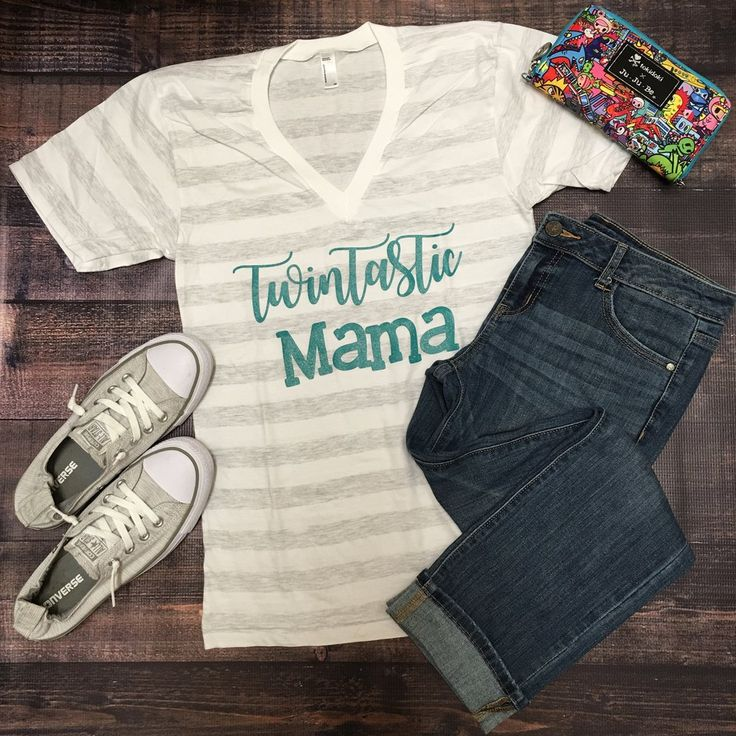 Twintastic Mama Tee,Twintastic Tee, twins, twin sisters, twin brothers, identical twins, fraternal twins, twin clothes, twin store, twin shop, twin mom, twin mama, life with twins.