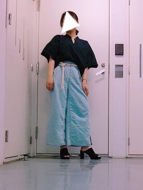 オーバーサイズシャツ…GU 1990円 Mサイズ ロープベルト…GU 790円 デニムパラッツォパン
