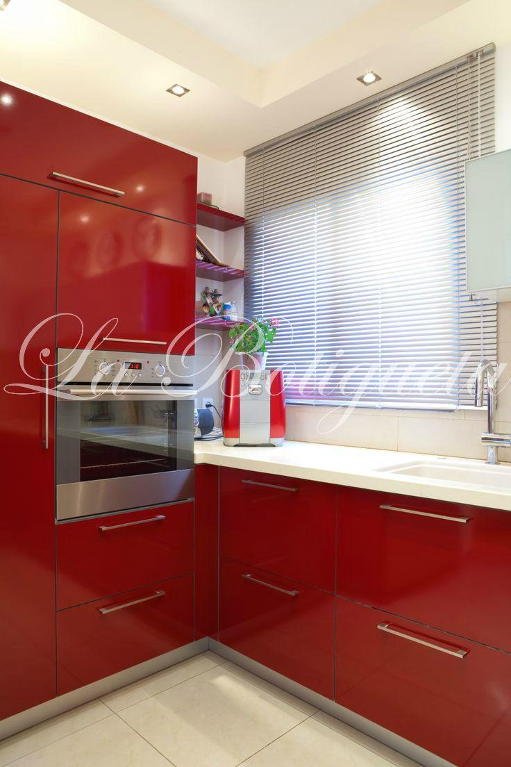 Los estores pueden encajar perfectamente en tu cocina aportando la luz que necesites en cada momento.