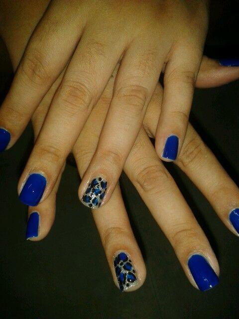 U as azules con decorado bellas u as nails pinterest - Decorados de unas ...