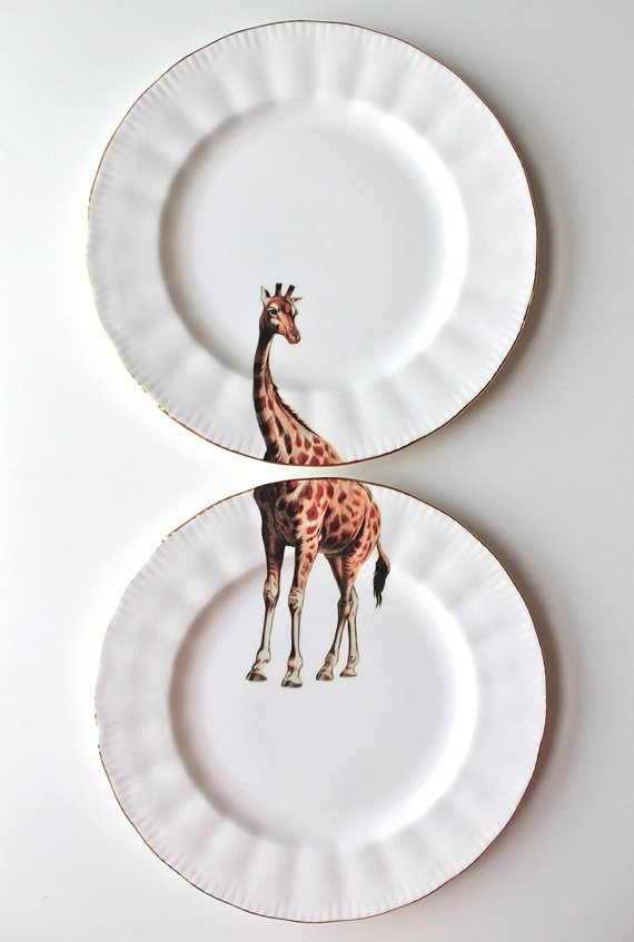 These quirky giraffe plates would be perfect as artwork on a wall.