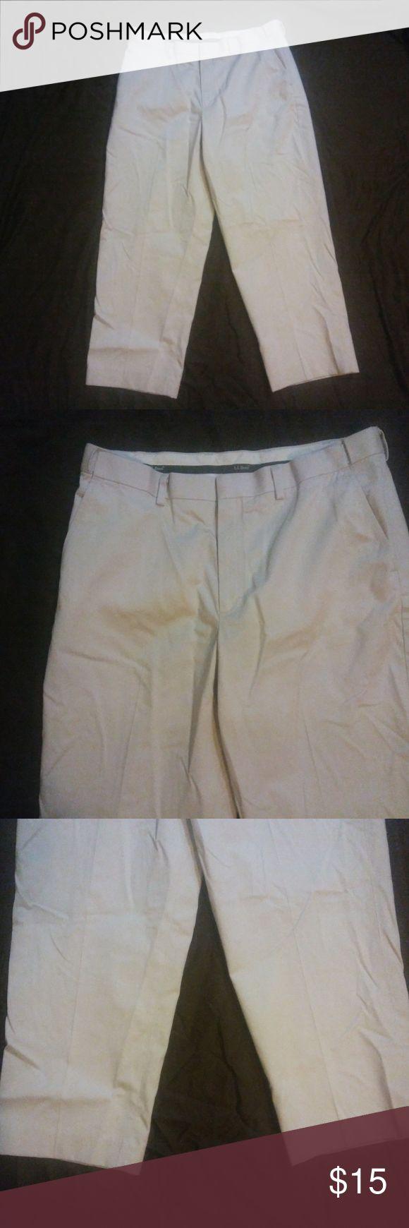 LL Bean Men's Dress Chinos Comfort Waist 37-28 LL Bean Men's Dress Chinos Hidden Comfort Waist Khaki 37-28 L.L. Bean Pants Chinos & Khakis