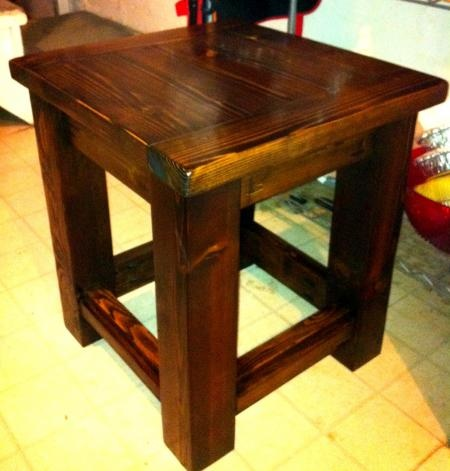 how to make square stool with round logs