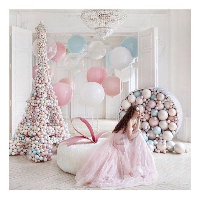 Balloons and pearls are great combo! xx