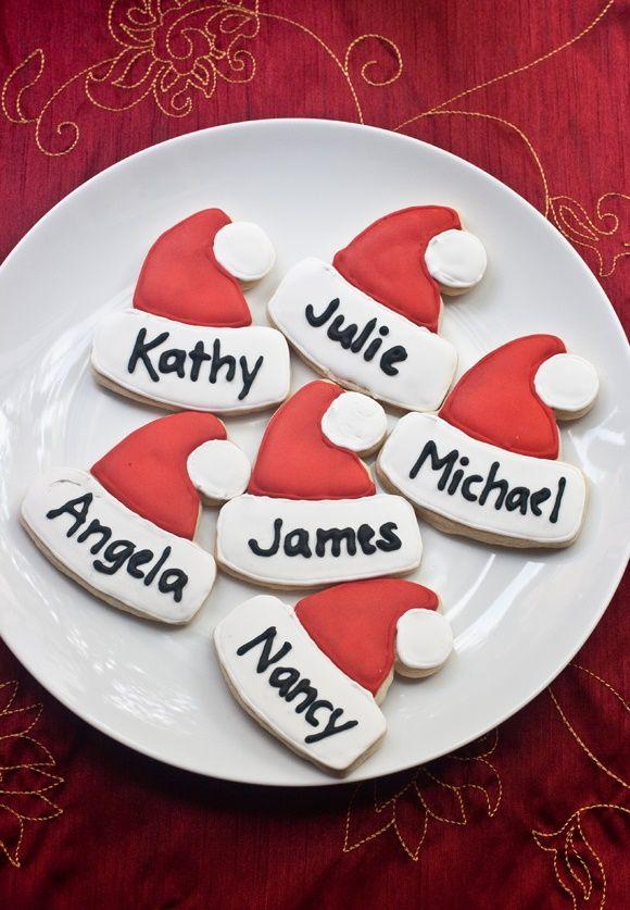 Biscottini segnaposto a forma di cappello di Babbo Natale