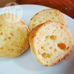 Pão de queijo com alho