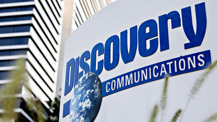 July 31, 2017 							 by: Shannon Bond in New York   Discovery Communications is buying Scripps Networks Interactive in a $14.6bn deal that brings the channels TLC, Animal Planet, HGTV and the Food Network under the same roof, at a time when the cable industry is being reshaped... - #146Bn, #Buys, #Channels, #Conso, #Discovery, #News, #Scripps, #TV