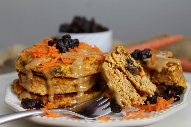 Sweet Potato Pancakes made with Lil Buff Protein Cake.  1 Lil Buff Protein cake mix (Fit-Fetti) 3 Tbsp egg whites or 1 large egg white (46g) 1/4th cup of milk (Unsweetened cashew preffered) (30mL) 1/3rd cup of pumpkin puree (about 75g) 2 shredded carrots or 4 baby carrots Dash of cinnamon Cinnamon Cream Cheese frosting (Recipe on Frosting page)