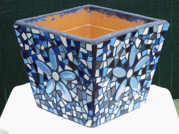 Blauwe vierkante bloempot glasmozaiek met ellipsen