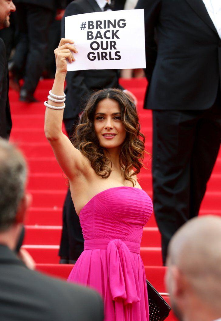 Pin for Later: Le glamour est au rendez-vous au festival de Cannes !  Salma Hayek a montré son soutien au #BringBackOurGirls movement Bring Back Our Girls à l'avant-première de The Prophet samedi.