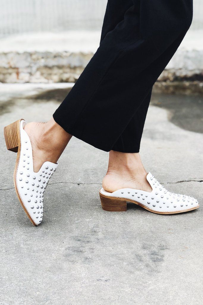 Chinese Laundry: Mollie Mules | Zapatos