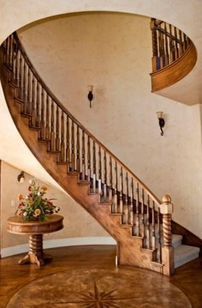 This Beautiful Staircases Is Further Enhanced Bu The Wonderful Inset  Medallion And Adjoining Wood Floor. Every Element Works Together!