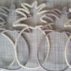 Ananas en laine réalisé au tricotin