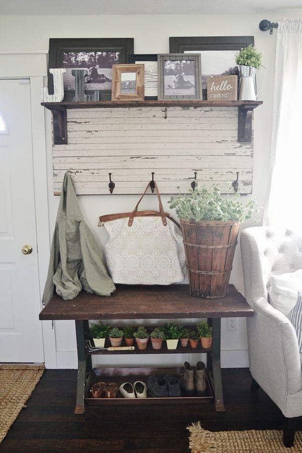 Farmhouse style entryway