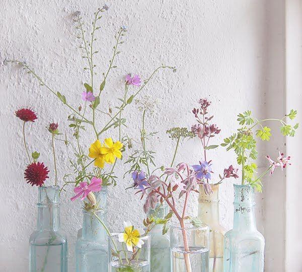 wildflowers via pachadesignWild Flower, Spring Wildflowers Bouquets, Vintage Bottle, Colors, Wildflowers Display, Beautiful, Jolie Fleur, Pretty, Jars