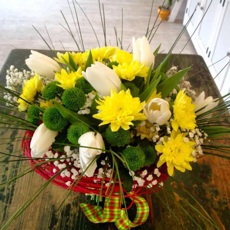 Spring bouquet with white tulips and chrysanthemum by Atelier Floristic Aleksandra