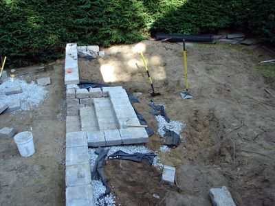 !!! - - - How to Build an Interlocking Wall System : How-To : DIY Network