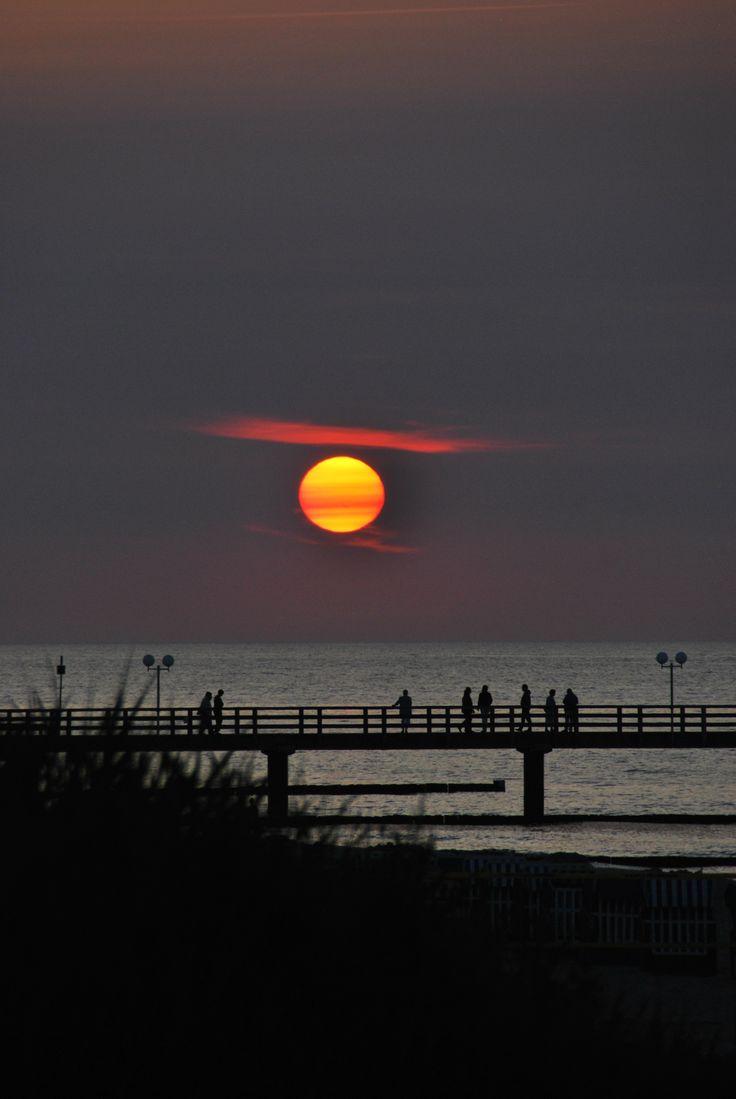 Pure Summer - Sonnenuntergang an der Seebrücke in Kühlungsborn #ostsee #sundown