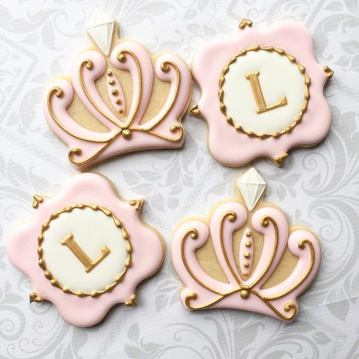 A less ornate version of my crown cookies. @thesweetesttiers