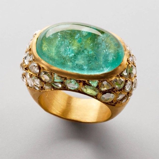 Are you ready for the summer??? Not before checking out for the  perfect Paraiba Ring @ yossiharari @museshowroom