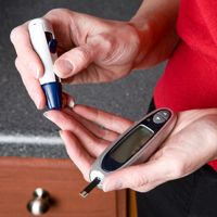 To lower A1C, the test that helps monitor blood sugar, you need to achieve tight blood sugar control. Get tips to understand how blood sugar testing works.
